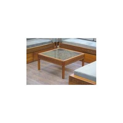 میز J-4