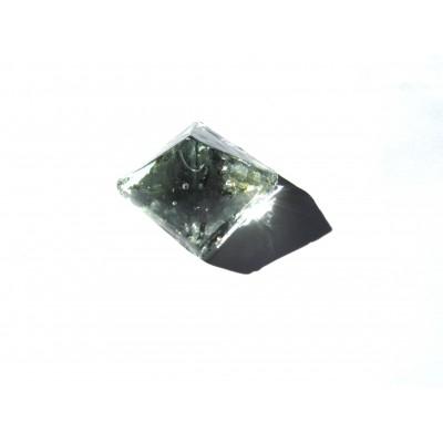 کاشی شیشه ای دست ساز هرم سفید